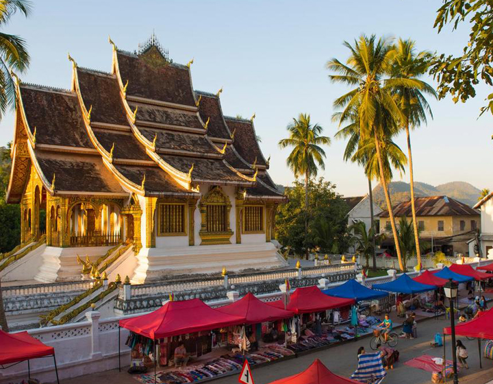 Discover the old quarters of Luang Prabang