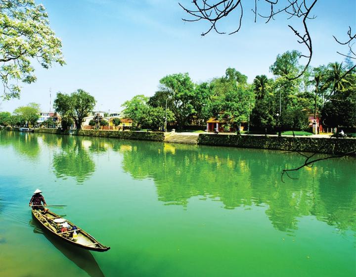 A Blend Of City & Nature At Vietnam